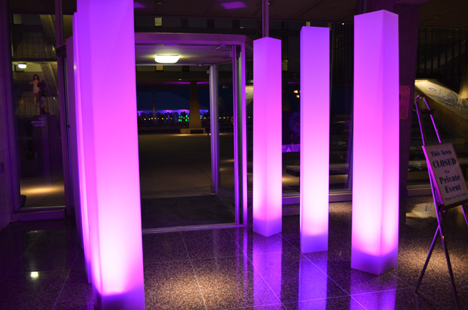 LED Lighted Pillars